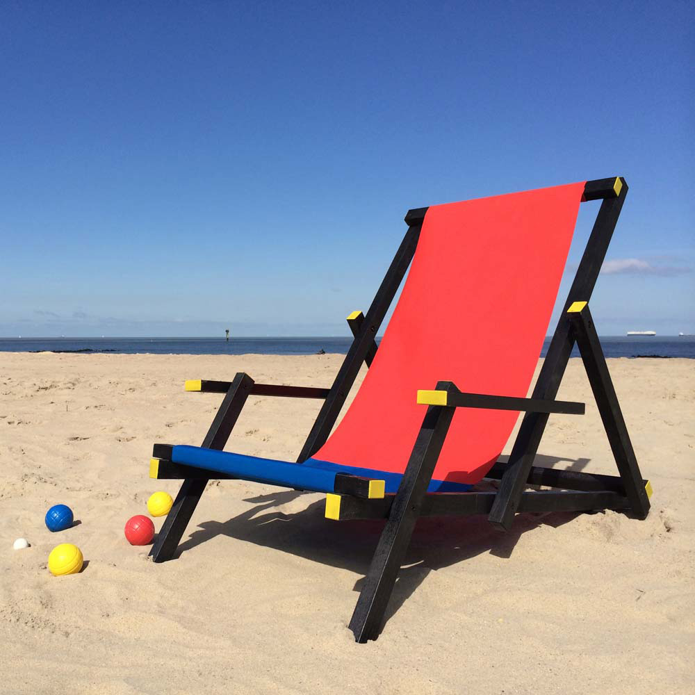 Gerrit Rietveld-beach-chair-aiga-design